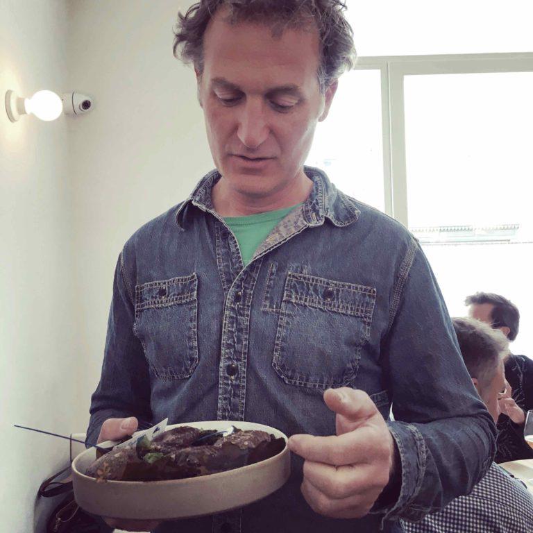 Portrait Sylvain Huchette, producteur d'ormeaux